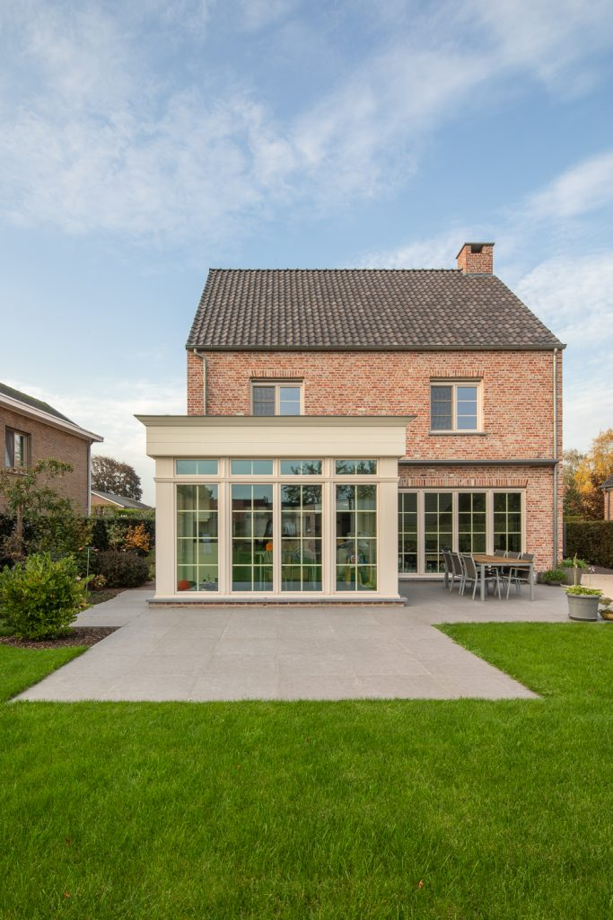 Open bebouwing met veranda