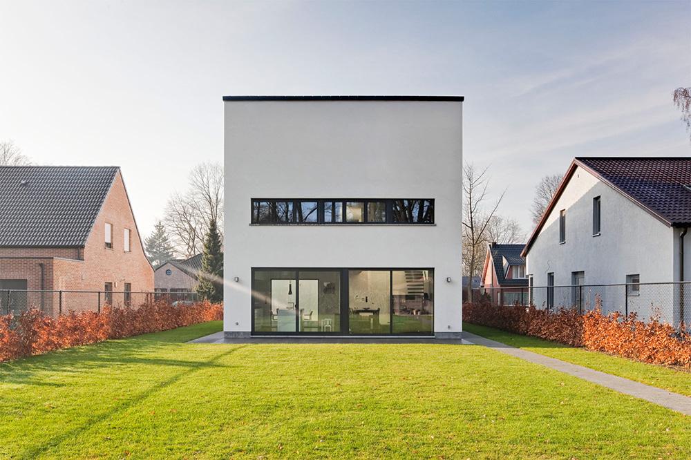 Moderne woning in crepi - Ketswoningbouw