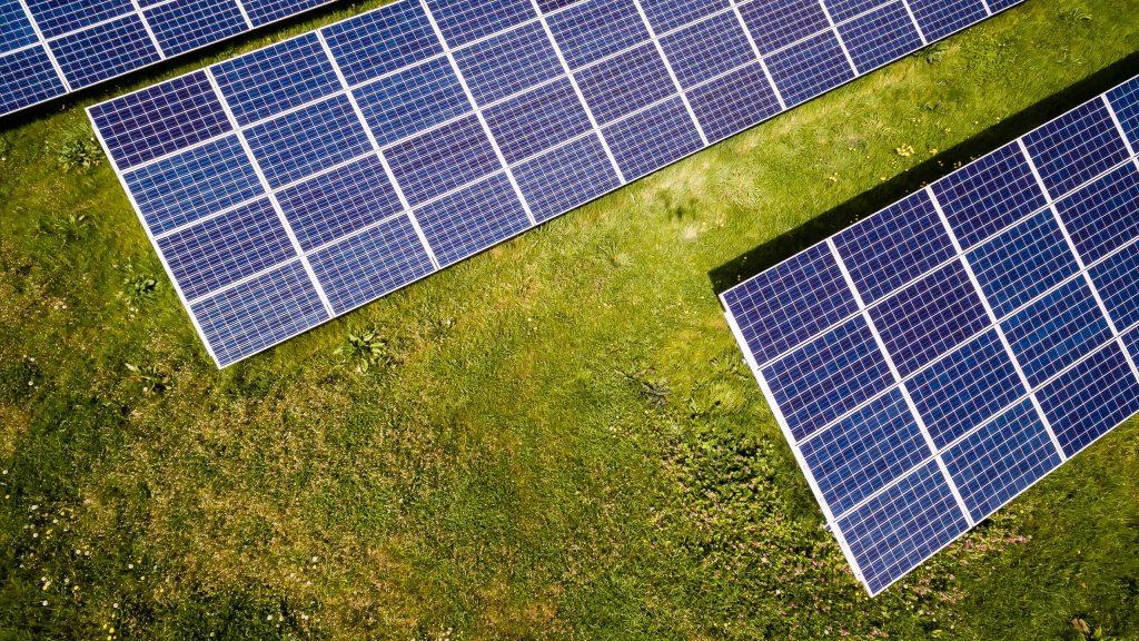 Zonnepanelen anno 2021: van terugdraaiende teller naar digitale meter